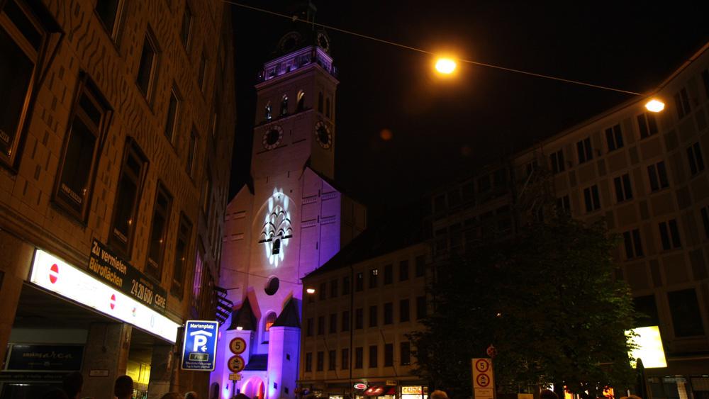 lichtkunst-kirche-1.jpg