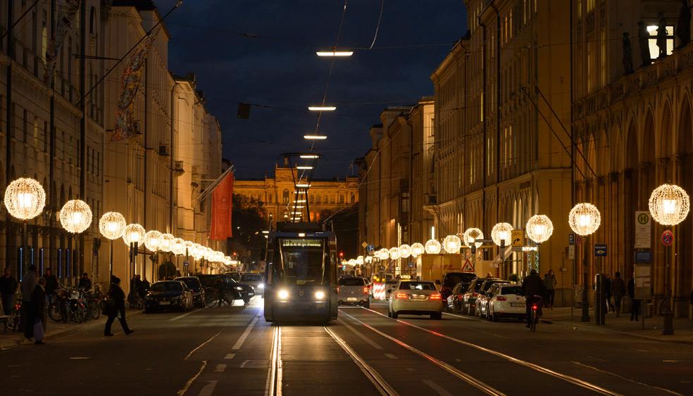 maximilianstraße-weihnachtsbeleuchtung.jpg