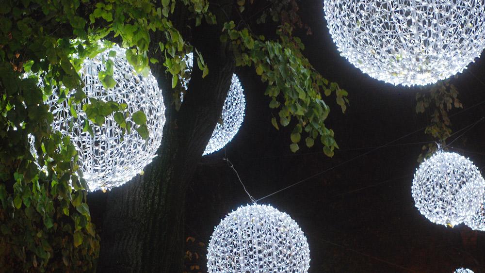 muenchen-promenadeplatz-weihnachtsbeleuchtung.jpg