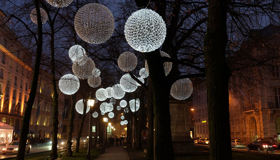 lichtinstallation-muenchen.jpg