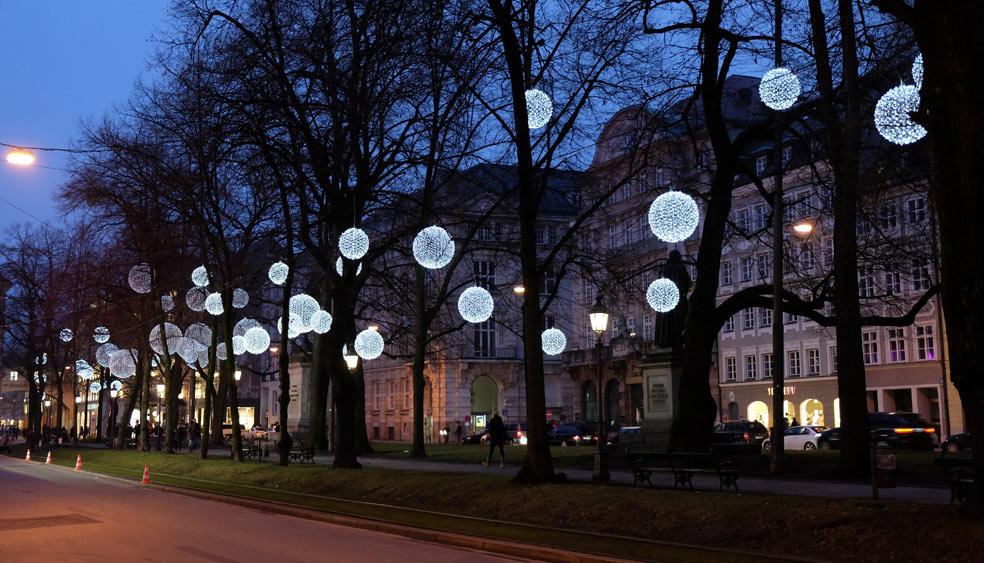 promenadeplatz-muenchen-weihnachtsbeleuchtung.jpg