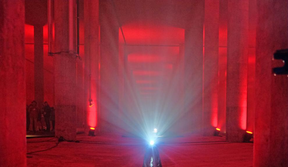 Lichtinstallation-fassade.jpg