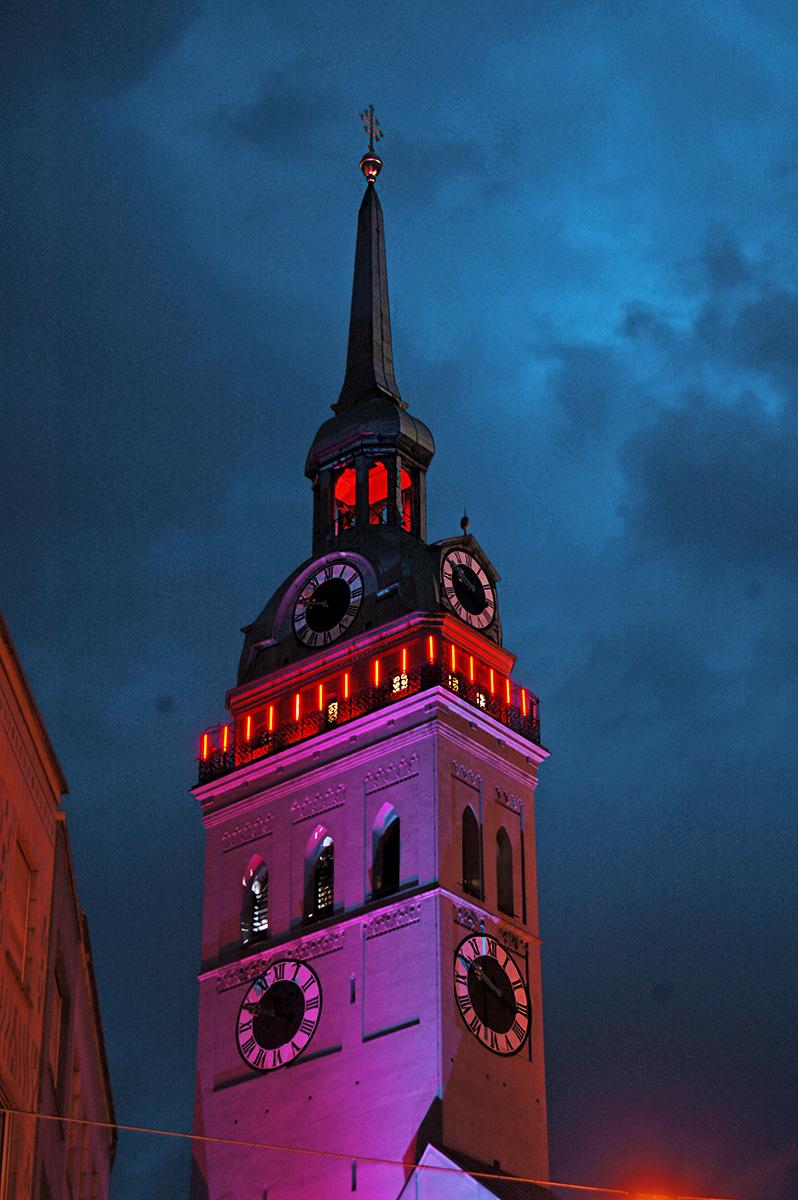 Lichtkunst für Kirche St. Peter
