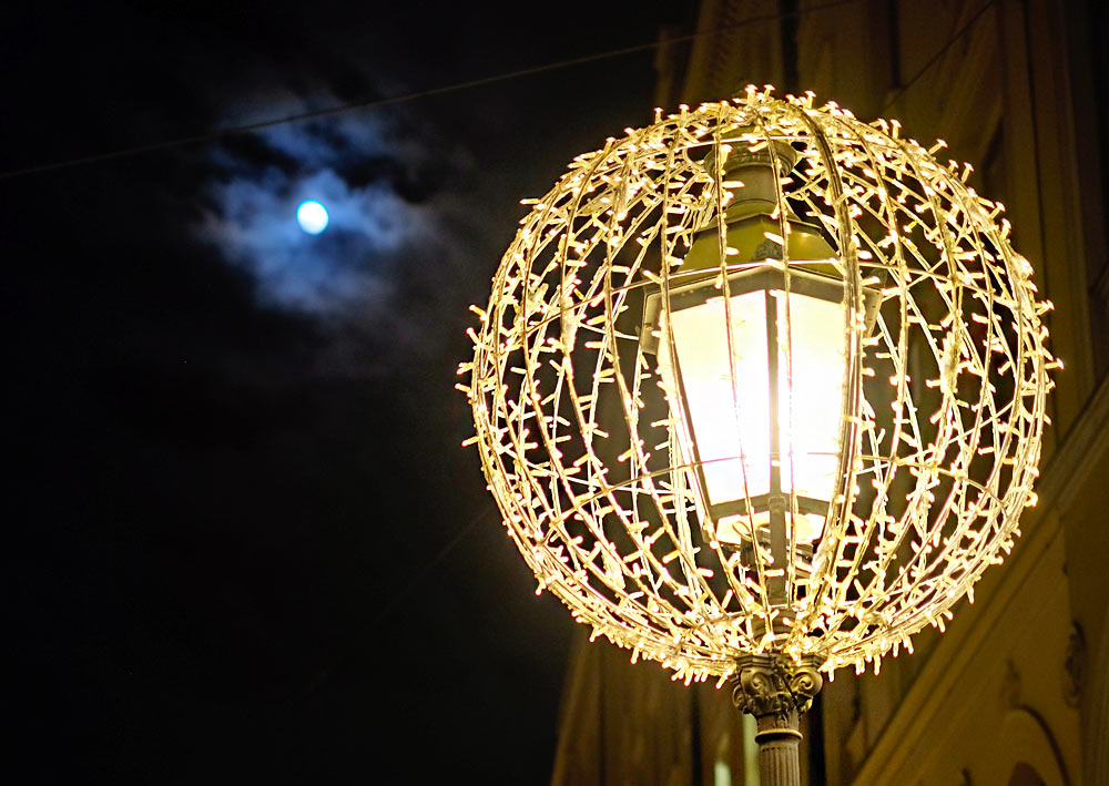 weihnachtsbeleuchtung-muenchen-maximilianstrasse.jpg